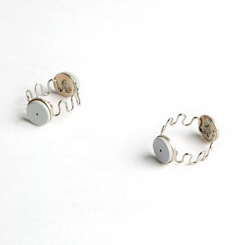 Magnetic Finger and Toe Ring (Pair) Full Size Image #1